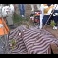 Freni boşalan traktör dehşeti: 2 ölü!