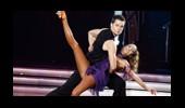 Özge Ulusoy ve Vitaly'nin Dans Performansı