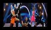 Dansçıların Toplu Dans Performansı 1