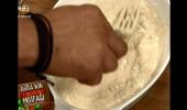 Arda'nın Ramazan Mutfağı Ondördüncü Bölüm Sıcak Helva Nasıl Yapılır?