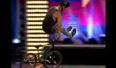 Murat ve Burak'ın Akrobasi Bisiklet Gösterisi