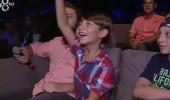 Oğlu annesini ilk kez sahnede izledi! Rising Star sahnesinde keyifli anlar...