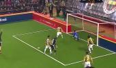 Beşiktaş Veteran Takımı 1 - 0 Fenerbahçe Veteran Takımı (Gol İlhan Mansız)