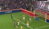 Beşiktaş Veteran Takımı 2 - 0 Fenerbahçe Veteran Takımı (Gol Tayfur Havutçu)
