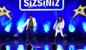 Erdener Show'un komedi dans gösterisi