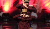 Ay Yıldız Dans Grubu ikinci tur performansı
