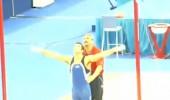 Antrenörün heyecanı sporcusunun önüne geçti