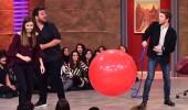 3 Adam'da balon şişirme oyunu