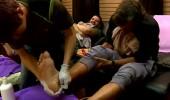 Ayak masajı yaptırdılar, kendilerinden geçtiler!