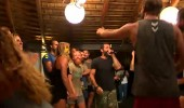 Yunan yarışmacı rap şarkısı ile herkesi coşturdu...