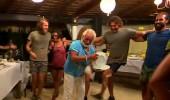 Türk-Yunan takımları birlikte sirtaki oynadı