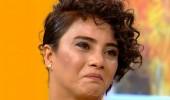 Sabriye, canlı yayında ağlamamak için kendini zor tuttu!