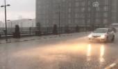 Sağanak yağış İstanbul'u etkisi altına aldı