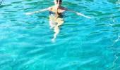 Pınar Altuğ Kasım ayında denize girdi