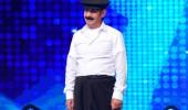 Mustafa Çiçek'in dans gösterisi