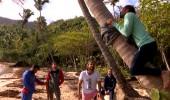 TV'de Yok | Marcus, Hakan'la iddiaya girdi ve ağaca tırmandı!