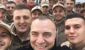 Oktay Kaynarca'dan Mehmetçik'e moral ziyareti