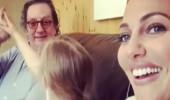 Meryem Uzerli, hem babası hem de kızıyla eğlendi!