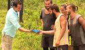 Yunan yarışmacı Rodanthi'den Hilmi Cem'e sürpriz hediye!