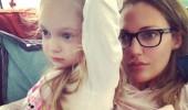 Kızıyla keyfi yerinde