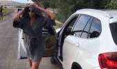 Hülya Avşar arabadan inip dans etti