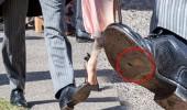 Bu ayakkabının kime ait olduğunu bilmek neredeyse imkansız!