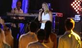 Katerina Dalaka 'Krifa' şarkısıyla sahnede