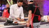 Danilo Şef teker teker pizzaların tadına baktı