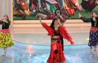 121. Bölüm Zeynep Karaca'nın podyum yürüyüşü
