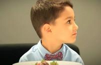 1 tabak çikolatalı çilek ve bir çocuk aynı odaya koyulursa