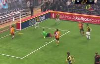 Galatasaray Veteran Takımı 4 - 3 Fenerbahçe Veteran Takımı (Gol Ceyhun Eriş)