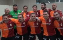 Fenerbahçe Veteran Takımı maçı öncesi ve sonrasında, Galatasaray Veteran Takımı soyunma odasında neler yaşandı?