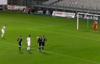 Böyle penaltı görülmedi! Olmayınca olmuyor...
