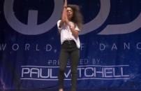 Tek başına harikalar yaratan dansçı!
