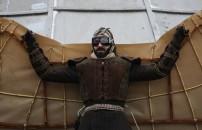 İlk uçak denemelerini kimler yapmıştır?
