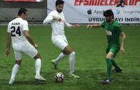 Celil Sağır'ın takımı - Ömer Erdoğan'ın takımı mücadelesi