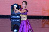 Bollywood Dance'ın dans gösterisi