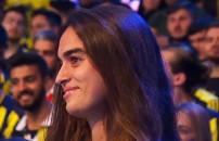 Survivor Melisa Fenerbahçe çatısı altında yaşadığı gururu anlattı