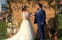 Eser Yenenler ve Berfu Yıldız çiftinin düğününe yıldız yağmuru! İşte en özel anlar