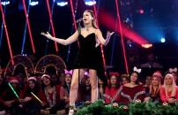 31 Aralık 2019 O Ses Türkiye Yılbaşı Özel Acun Ilıcalı istedi bir performans daha sergiledi...