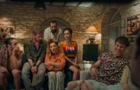 İlk kez Eser Yenenler Show'da ekrana geldi! İşte, Biz Böyleyiz Filmi'nin kamera arkasındaki gülme krizi
