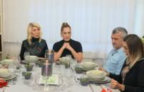 Yemekteyiz 12 Şubat bölümünde misafirlerini ağırlayan Zuhal Hanım'ın çorbası sınavı geçti