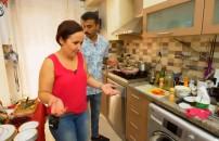 31 Mart 2020 Seda Sayan ile Yemekteyiz | Mutfağa girdi! Eleştiriler havada uçuştu