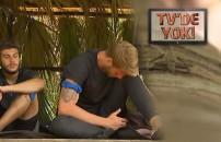 Survivor 2020 Ünlüler Gönüllüler'de Yunus Emre'nin başı sineklerle dertte | TV'DE YOK