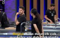 MasterChef Türkiye 26 Eylül 2021 | Burcu, Emre ve Hamza arasında dikkat çeken diyalog! 'Düşecek çok maske var'