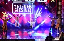Orkhan Azizov ve Dikiy Kafkas Dans'ın ikinci tur performansı