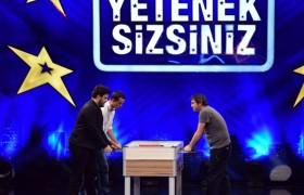 Alp Kırşan ve Eser Yenenler ile langırt maçı...