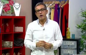 Pudra renkteki elbiselerle nasıl aksesuar kullanılır?