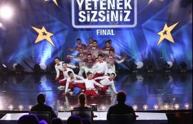 Grup Kaşıks Junior'un final performansı