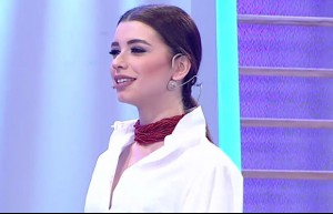 122. bölüm Aleyna Eroğlu podyumda
